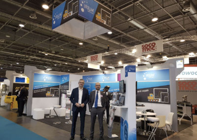 realisations-Totem-Ordinateur-Rcro-verso-Panoramic-adequatexpo