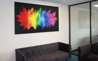 Mettez de la couleur dans vos bureaux grâce à nos cadres wall frame !